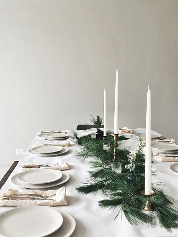 Understated holiday table setting idea