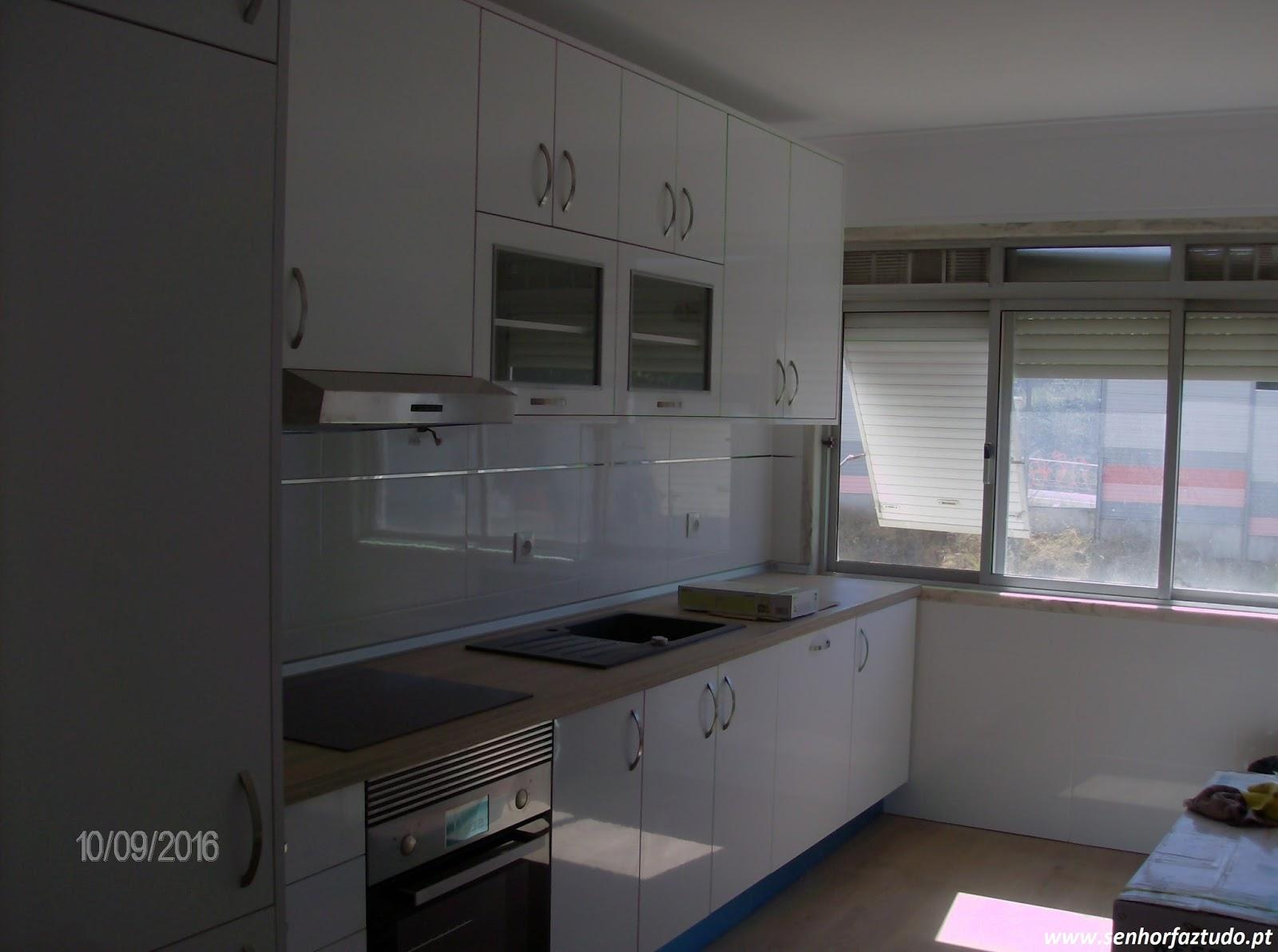 SENHOR FAZ TUDO Faz tudo pelo seu lar !®: Remodelação de Cozinhas #536078 1600 1192