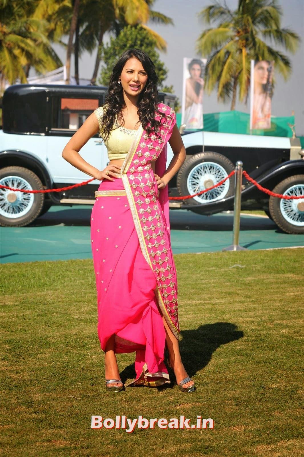 Rochelle Maria Rao, Full Set : Super Hot Models at Kingfisher Calendar Launch In Alibaug Mumbai