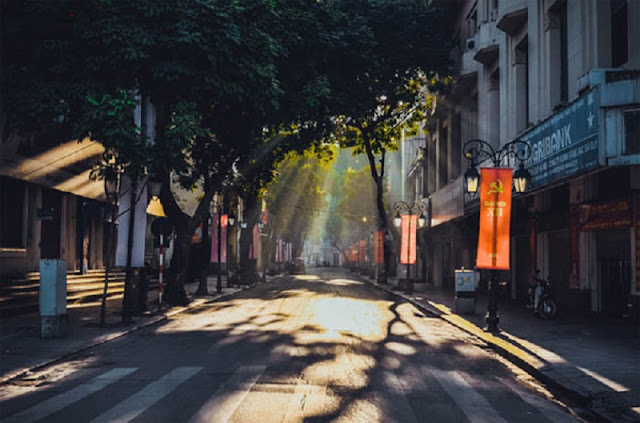 Peaceful beauty of Ha Noi during the holiday 5