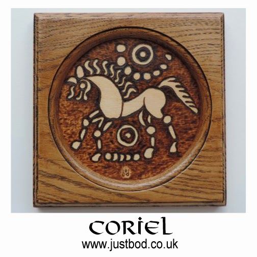 Hand burnt celtic wallplaque