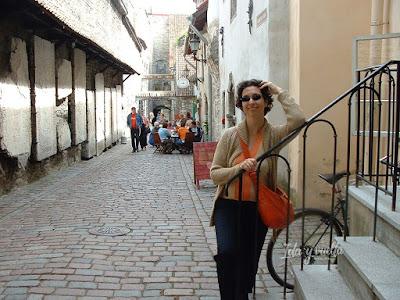 Tallinn callejón de Catalina