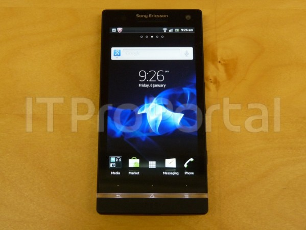 mrtechpathi_xperia_hd_leaked_images