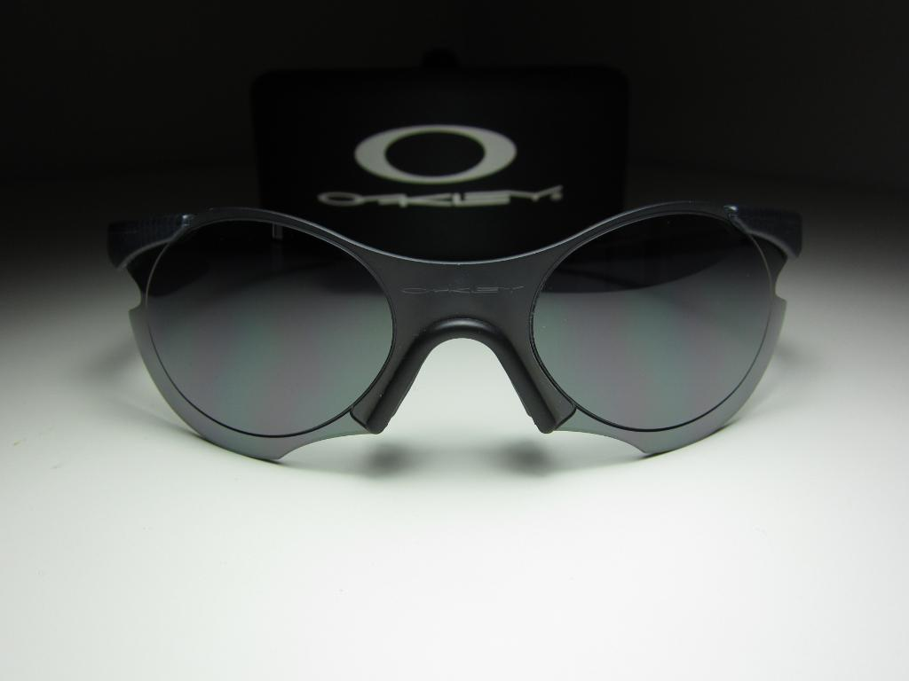 6824c2638d Oakley Zero L « One More Soul