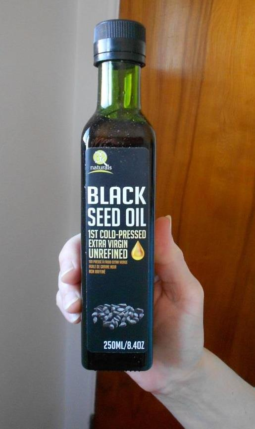 Black Cumin Seed Oil for Zesty Curried Rice and Olives