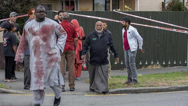 هجوم نيوزيلندا الارهابي : المتهم يمثل أمام المحكمة بالصور والفيديو