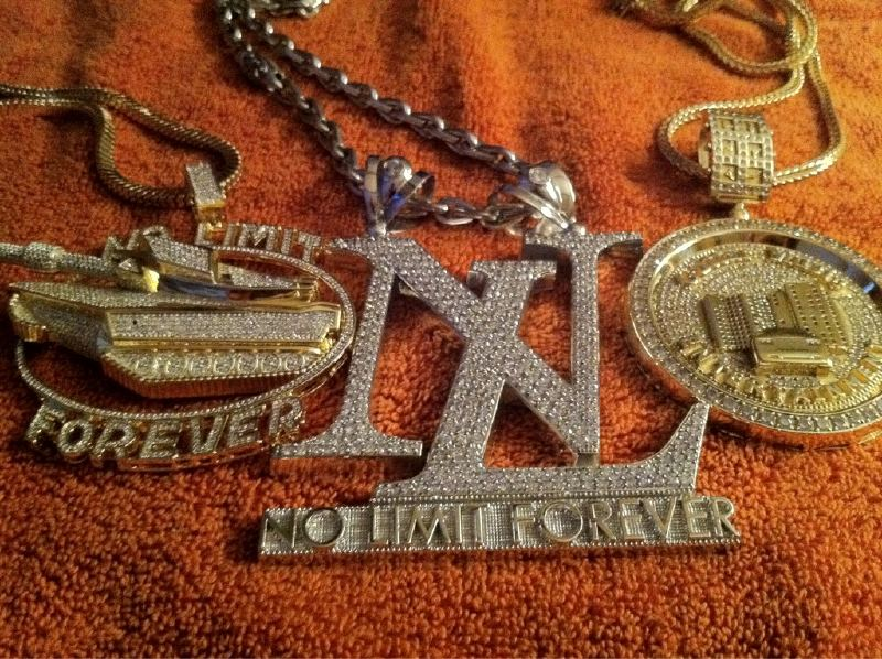 EXIT 8 MUSIC GROUP PRESENTS...YOU SEE THAT CHAIN ...