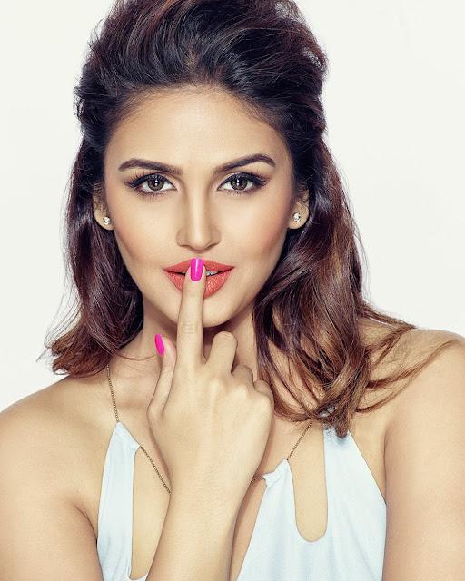 Huma Qureshi Latest Hot Photo shoot