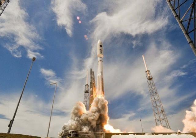 Peluncuran-Satelit