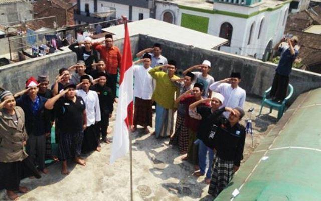 Ilustrasi Hormat Pada Bendera Merah Putih.