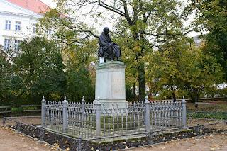 Samuel Hahnemann war ein deutscher Arzt und Begründer der Homöopathie, hat in Leipzig studiert