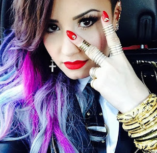 Demi Lovato The Virtual planet of people 977.by