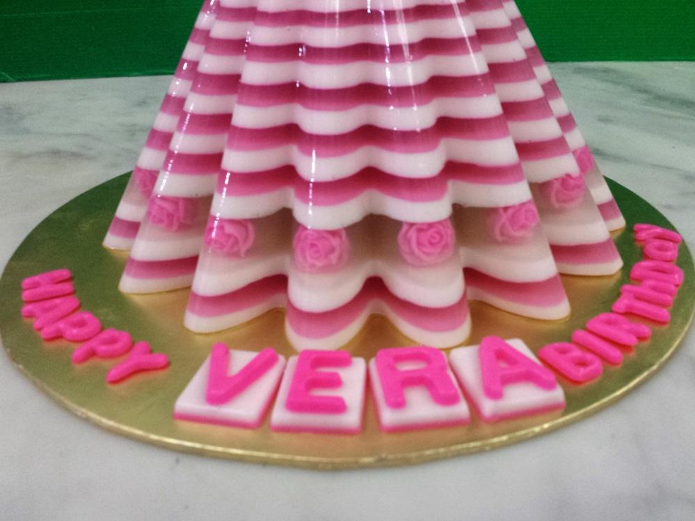 Rose Jelly Cake Recipe: Yochana's Cake Delight! : Rose Design Barbie Jelly Cake