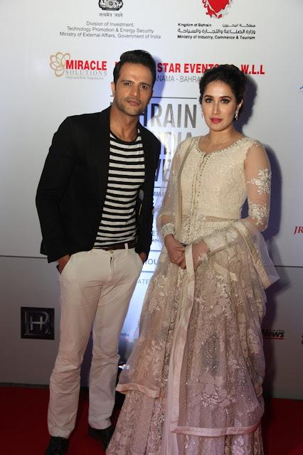 Actor Jitin Gulati with Actress Sagarika Ghatge-min