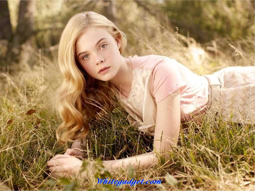 Is a cute Elle Fanning naked (72 foto and video), Topless, Leaked, Twitter, braless 2018