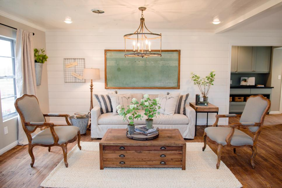 Decorating Cents: Shiplap