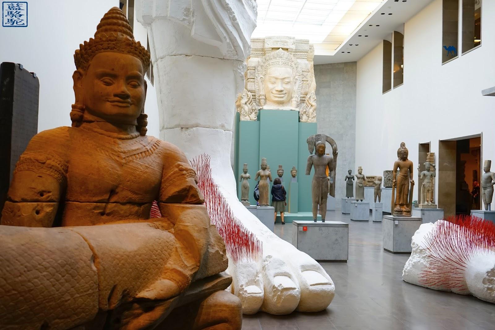Le Chameau Bleu - Musée Guimet  - Bouddha & oeuvre de NOurry