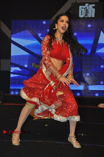 Bollywood Actress Model Sunny Leone Dance Performance in Red Half Saree at Rogue Audio Launch 13 March 2017  0079.jpg