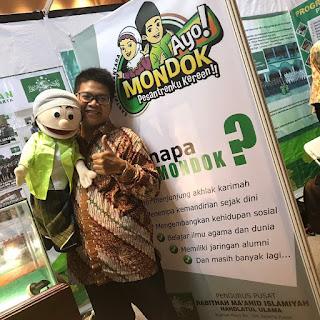 Berfoto di but RMI-NU DKI Jakarta