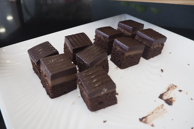 dorsett singapore hotel brownie review
