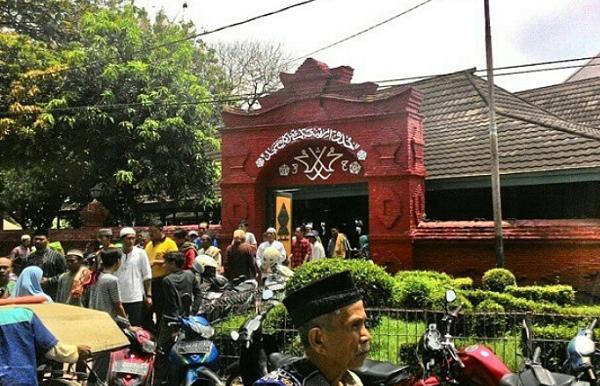 Wisata Religi Cirebon Masjid Agung Sang Cipta Rasa