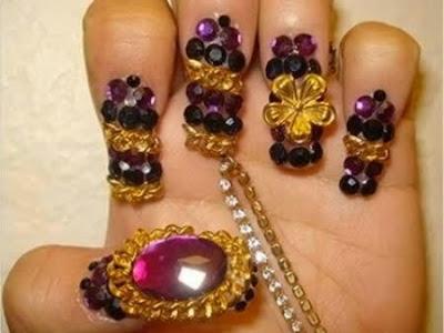 Diseño de uñas y piedras preciosas
