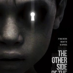 Poster The Other Side of the Door 2016