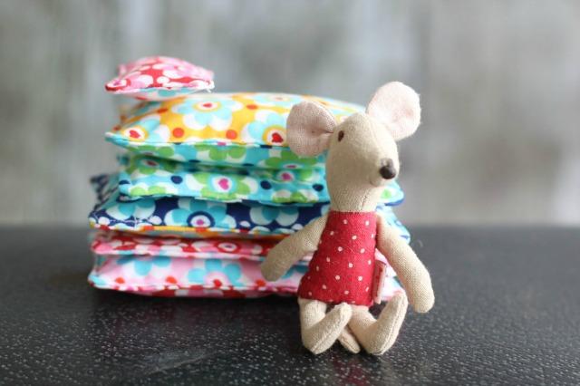 Bettwäsche für Puppen nähen