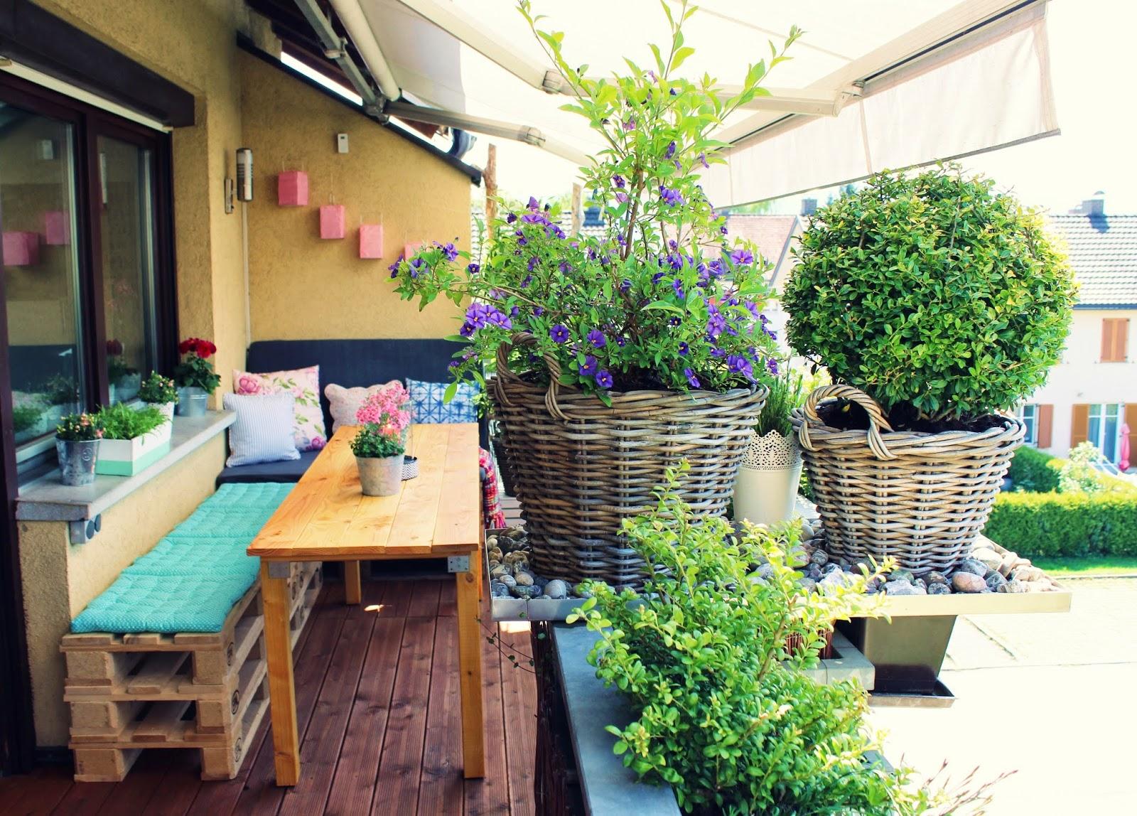 s 39 bastelkistle mein balkon gem tlich so solls sein. Black Bedroom Furniture Sets. Home Design Ideas