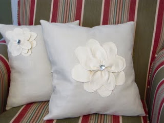how to make a flower pillow