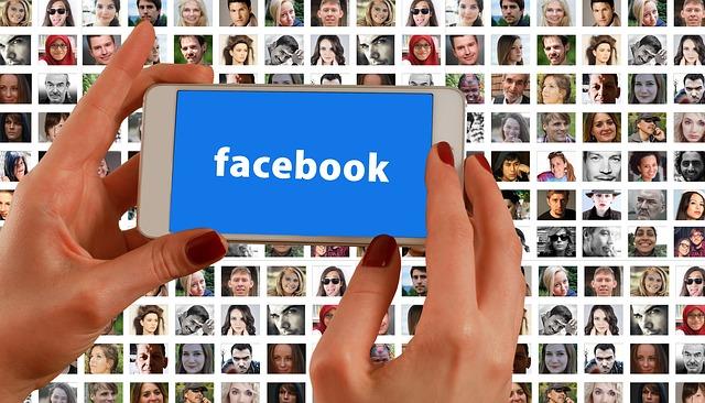 Maniquíes se inspiran en los avatares de Facebook