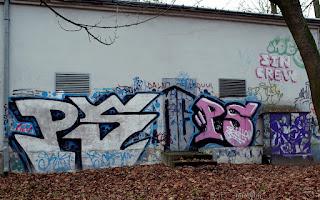 http://fotobabij.blogspot.com/2016/01/park-czartoryskich-graffiti-5.html