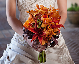 7 Gorgeous Trends in Fall Wedding Flowers
