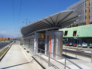 Sad Images of Hugo Chavez's Trolleybus - Estacion Alto Chama
