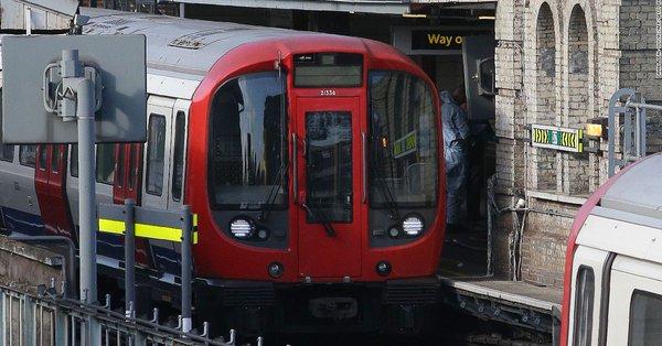 Atentado en el Metro de Londres causa al menos 29 heridos