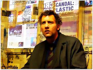 """Theodore Faron (Clive Owen), em """"Filhos da Esperança"""""""