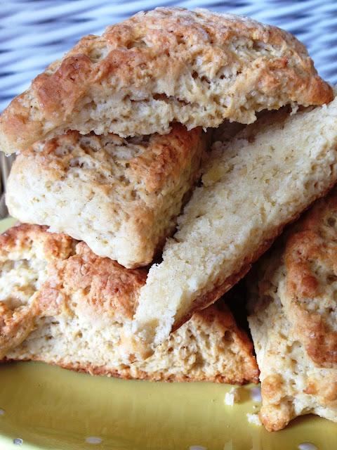 scones, sweet kwisine, petit déjeuner, thé