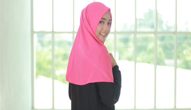 10 Warna Hijab Untuk Si Kulit Sawo Matang Berita Feature Generasi Muda