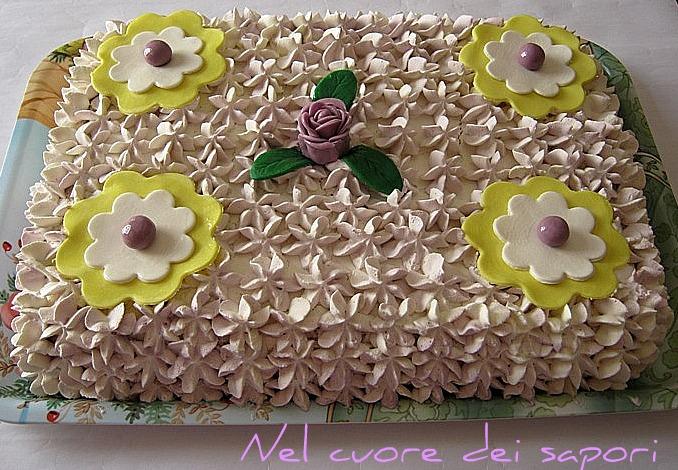 Nel Cuore Dei Sapori Torta Di Compleanno Panna E Fiori