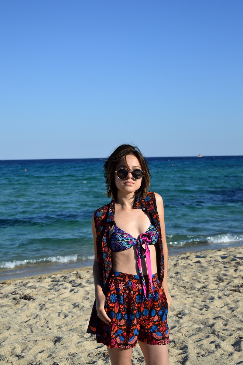 vacation outfit sarti beach greece