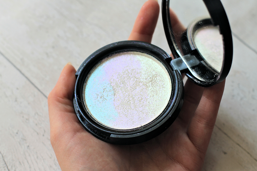 Phee's Makeup Shop Trance Unicorn Highlighter