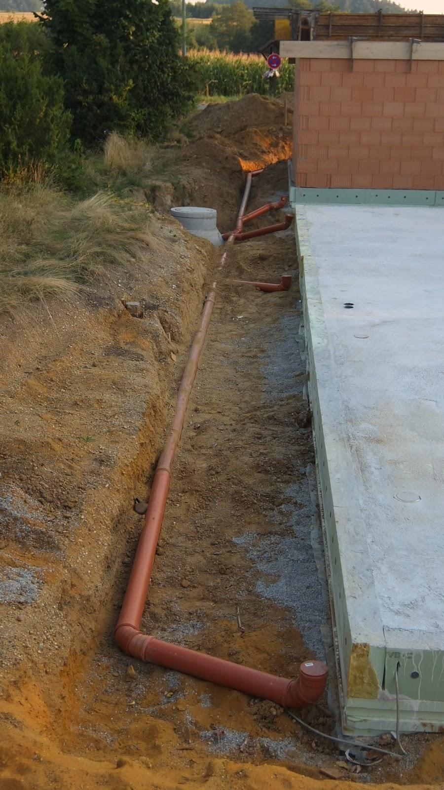 Gut bekannt AuA's Baublog: Regenwasserrohre verlegt HO54