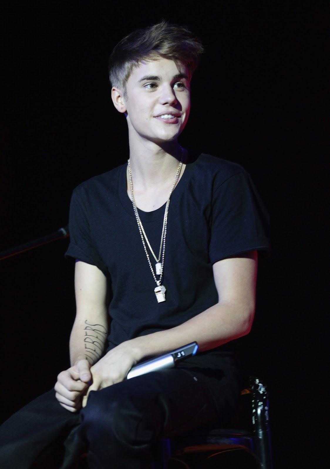 Justin Bieber News: Justin Bieber performing in Milan ...