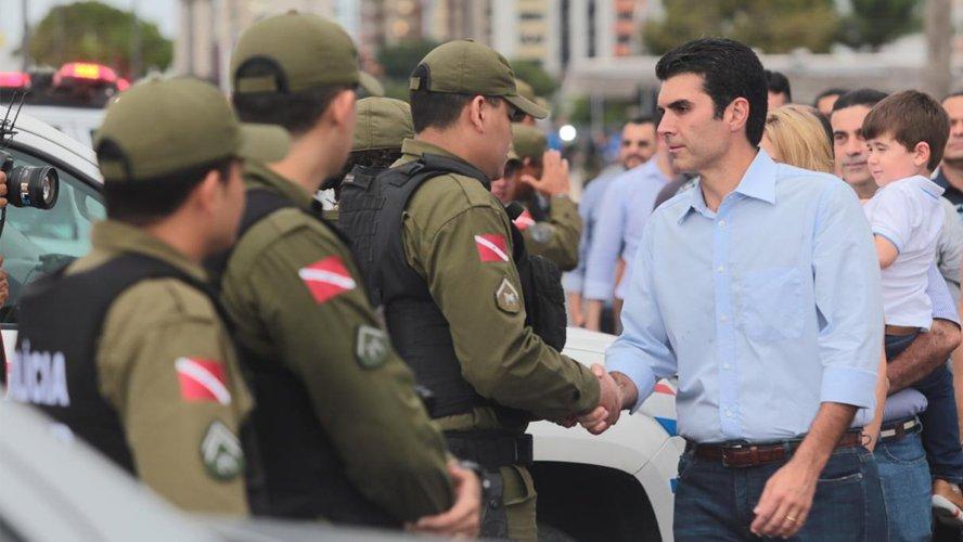 Governador anuncia concurso com 7 mil vagas para a Polícia Militar do Pará
