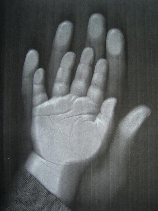di/ámetro: 10,5 cm, f/ácil de manejar, incluye arcilla de modelar y cinta para la piel plata Happy Hands Ornament Juego de huellas de mano o de pie para un beb/é como recordatorio