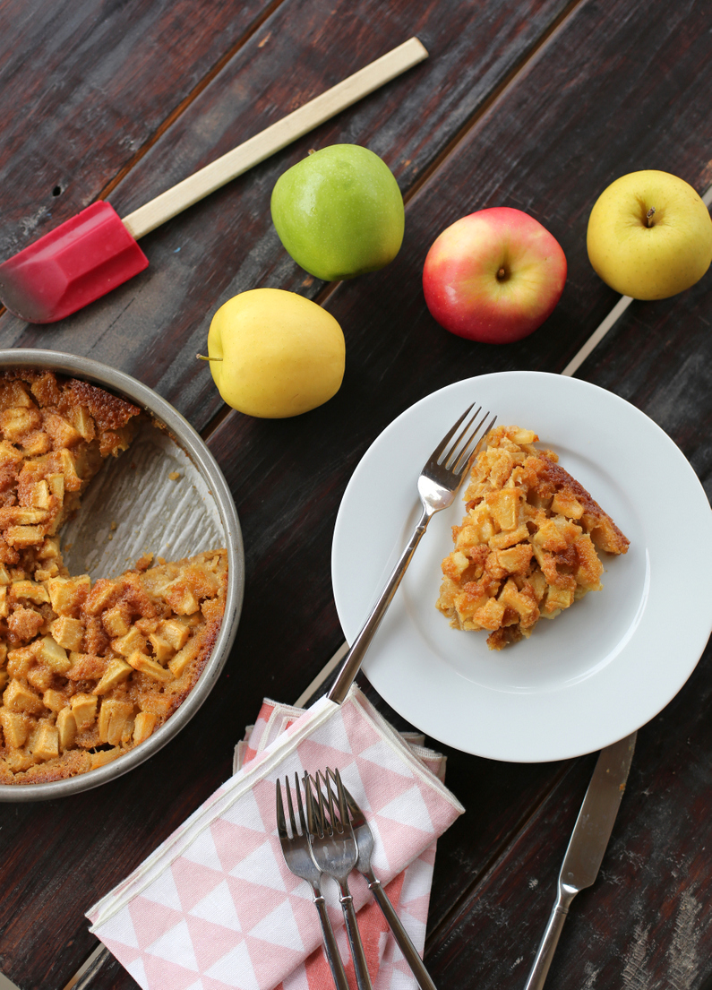 this is the BEST fall treat packed with apples and just a hint of spice.