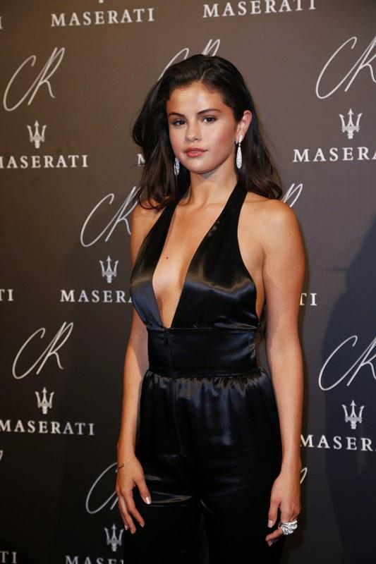 World Hot Actress: SELENA GOMEZ black hot at CR Fashion