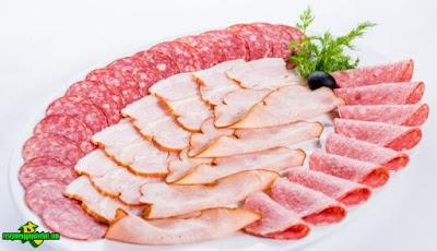 Konsumsi Berlebih Daging Olahan Terkait Pada Risiko Kematian