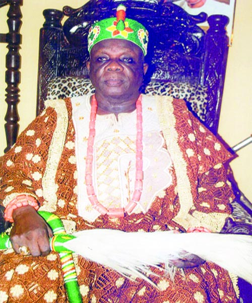 Monarch's Kidnap: Lagos community begs FG for adequate
