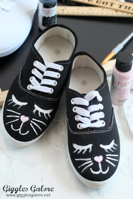 painted-cat-shoes-diy